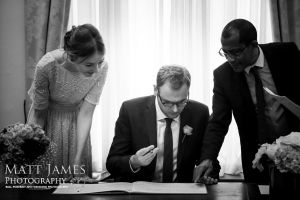 London Wedding photographer-1-6-c33.jpg